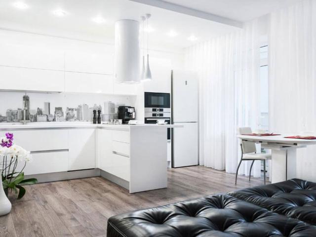 Kuchnia biała lakierowana ze sprzętem AGD
